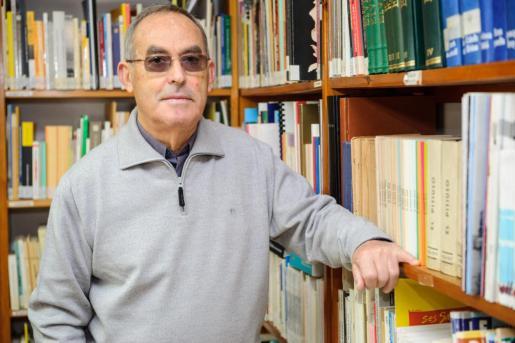 Marià Serra, ayer en la actual sede del Institut d'estudis Eivissencs.