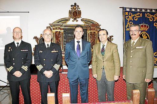 Luis Curt, Roberto Ortiz, Fernando Aznar, Joaquín Pita da Veiga y Teodoro Pou.