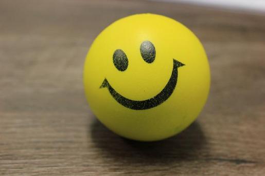 Reírse mejora la salud mental.