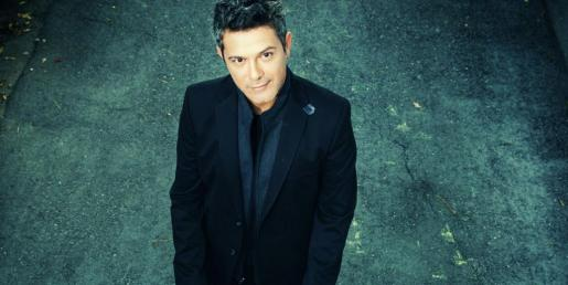 Alejandro Sanz actuará el 10 de agosto y Pedro Alborán lo hará diez días más tarde en el estadio de fútbol de Can Misses.