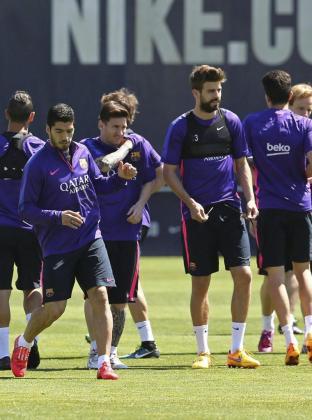 De izquierda a derecha, Luis Suárez, Leo Messi y Gerard Piqué.