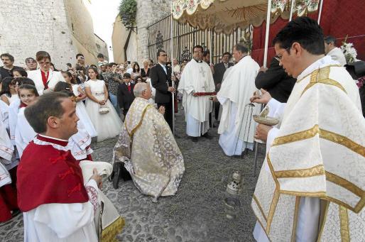 El día del Corpus Christi es la fiesta de la Solemnidad del Santísimo Cuerpo y Sangre de Cristo.