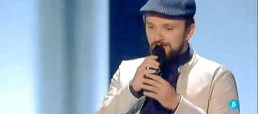 Joaquín Garli en plena interpretación del tema 'I will always love you'.