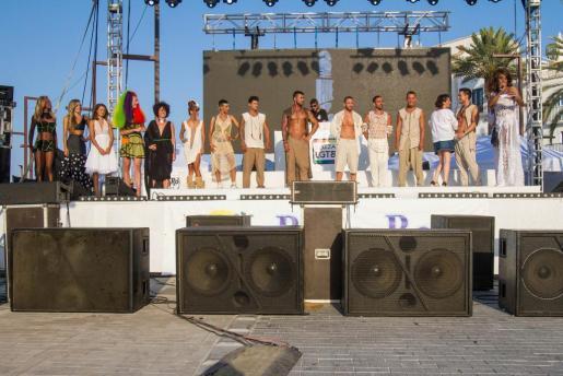 El acto central del día de ayer del ibiza Gay Pride fue el desfile de moda Adlib que se celebró en el puerto de Eivissa
