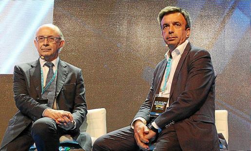 Cristobal Montoro y Miquel Vidal, en la ponencia en la que intervinieron ambos.