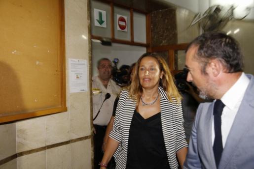 Aina Castillo, a su llegada para declarar por el caso Son Espases.