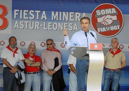 Imagen de Zapatero el pasado año en la fiesta de la minería organizada por UGT en Rodiezmo.