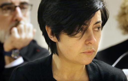 Rosario Porto y Alfonso Basterra,detrás , acusados de la muerte de su hija Asunta Basterra.