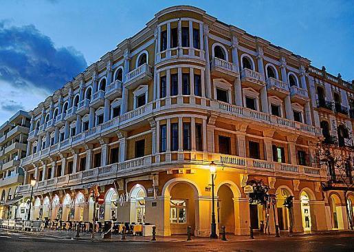 Imagen de archivo del hotel Montesol cuando aún estaba abierto.