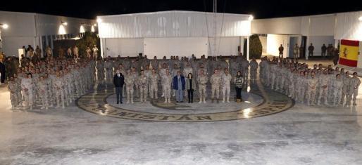 La vicepresidenta del Gobierno español, Soraya Sáenz de Santamaría, ha presidido el acto de despedida de las tropas españolas destinadas en la base de Herat.