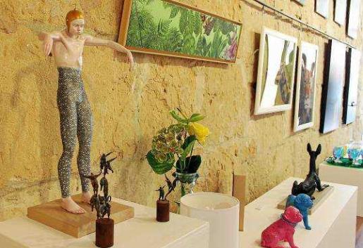 A lo largo de estos tres meses se han podido contemplar en la Galería Marta Torres obras de arte de todo tipo y condición.