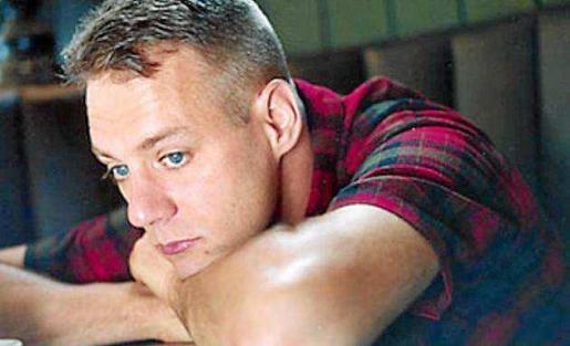 Johnson es un icono del indie rock americano de los 90, creó su propio sello discográfico, K Records