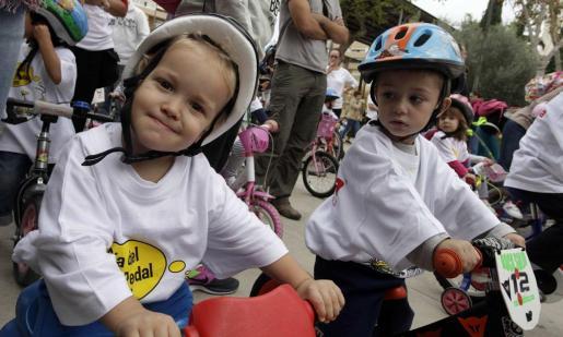 El Día del Pedal es una jornada en familia, en el que también hay un circuito para los más pequeños de la casa.