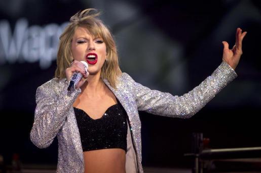 La cantante Taylor Swift, durante una actuación en Times Square.