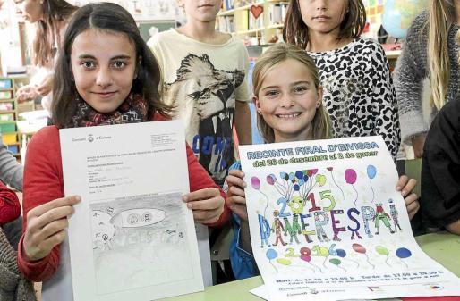 Noelia Cea Martínez y Juijin Stoika Mercedes con sus dos creaciones. Foto: D.E.