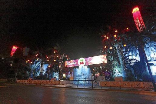 La nueva decoración exterior de Pachá Ibiza para las fiestas navideñas. Foto: D. E.