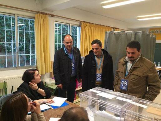 El número 2 de la lista balear del PP al Congreso, José Vicente Marí Bosó, ha asegurado que Eivissa es la isla que «más confianza y apoyo encuentra en el PP».