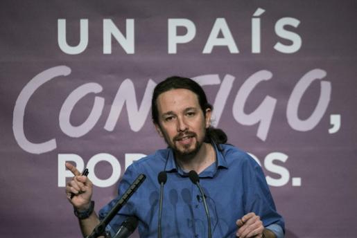 El secretario general de Podemos y candidato a la Presidencia del Gobierno, Pablo Iglesias, durante la rueda de prensa.