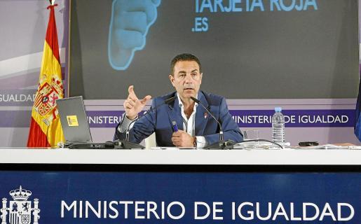 Miguel Lorente, delegado del Gobierno para la Violencia de Género, compareció ayer ante los medios.