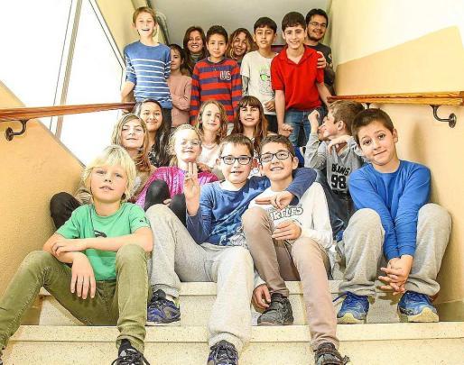 Los alumnos de 5ºde Primaria que han triunfado con Els Minecraft. Foto: TONI ESCOBAR