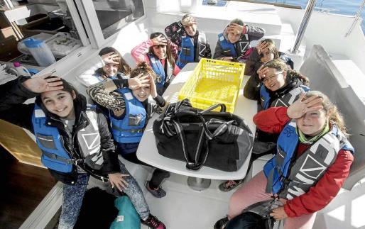 Los pequeños de 10 y 11 años disfrutan al máximo con todas las actividades y talleres que se incluyen durante cinco días dentro de la Setmana del Mar. Foto: DANIEL ESPINOSA