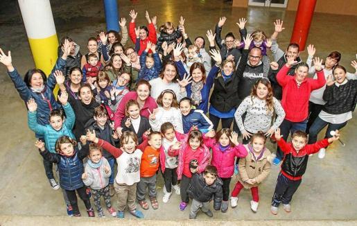 El colegio Venda d'Arabí participará en la rua de Santa Eulària el próximo martes. Foto: TONI ESCOBAR
