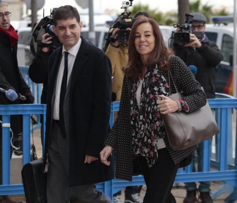 Mercedes Coghen, a su llegada al juicio del caso Nóos.