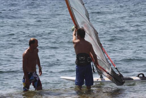 Kyril, practicando windsurf con su ex cuñado.