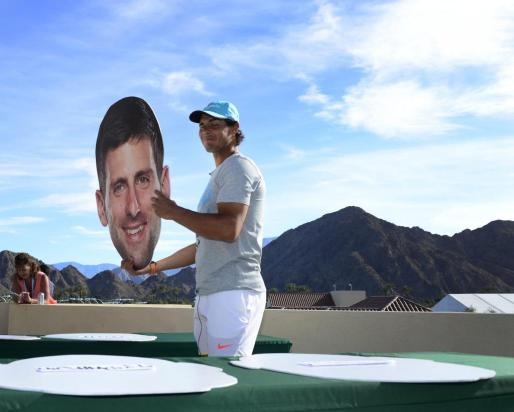 Rafael Nadal participa en su presentación ante la prensa este miércoles en el marco del Abierto de Tenis de Estados Unidos en Indian Wells, California (Estados Unidos).