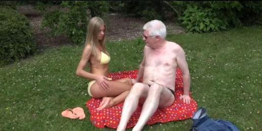Nicholas Goddard, en una escena de una de sus películas porno.