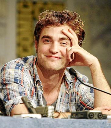 El joven actor Robert Pattinson, un ídolo adolescente.
