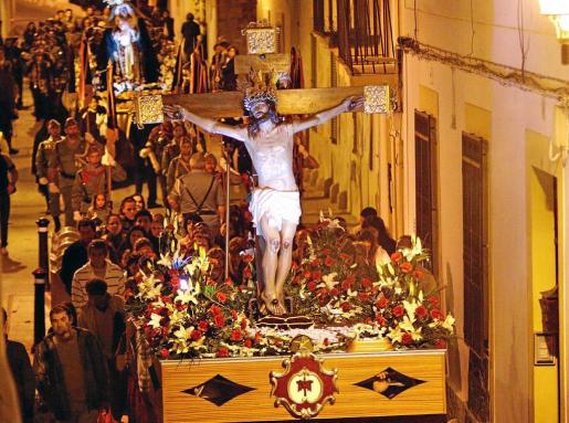 La imagen del Santo Cristo de la Agonía en procesión. Foto: S. C. A.