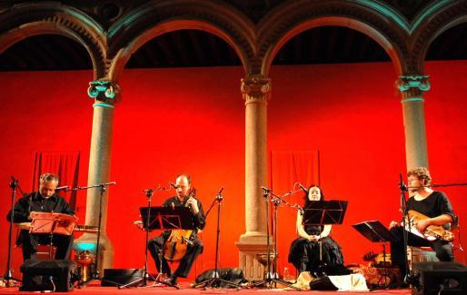 Eduardo Paniagua y su grupo Música Antigua ofrecen hoy un concierto en Sant Carles.