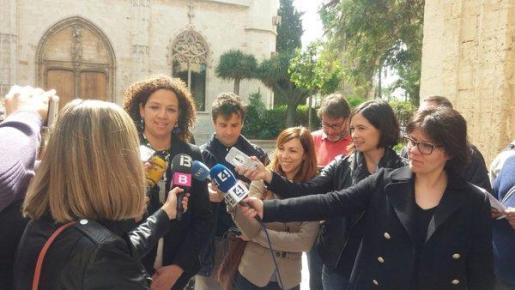 Catalina Cladera ha atendido a los medios tras la toma de posesión de los nuevos consellers.