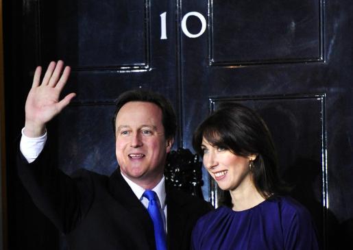 David Cameron con su mujer Samantha, en una imagen de archivo.