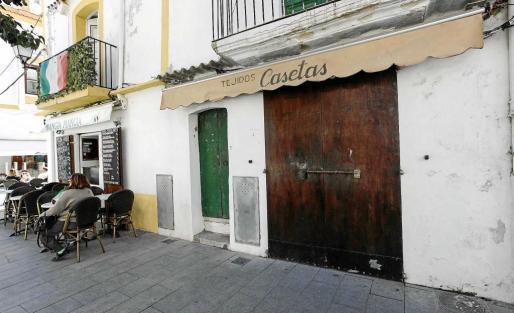 Tejidos Can Casetas ha cerrado definitivamente después de hacer la liquidación de sus existencias. Foto: DANIEL ESPINOSA