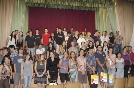 Presentación de los participantes al XIX Concurso Internacional de Piano de Eivissa, ayer en Sant Carles.