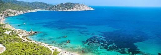 Cinco playas de Santa Eulària tienen este distintivo de calidad.
