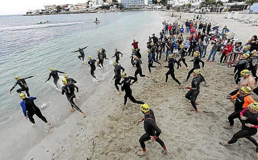Una imagen de la salida de la competición de 1.500 metros.