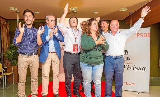 Los socialistas, eufóricos tras conocer los resultados del 24 de mayo, en las que consiguieron tres alcaldías y el Consell d'Eivissa.