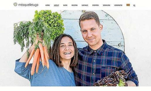 Marina Ribas y Jason Bilton, autores del blog 'Més que lletuga'.