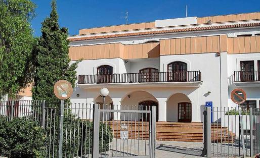 La sede de la Escuela de Turismo está en la calle Bes de Eivissa.