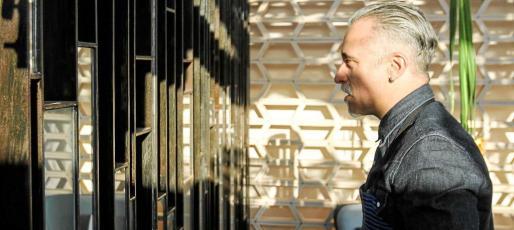 Sergi Arola, en un momento de la entrevista concedida a Periódico de Ibiza y Formentera durante la jornada de ayer. Foto: TONI ESCOBAR