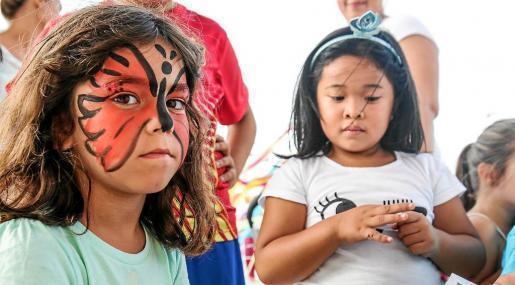 Los juegos infantiles se convirtieron ayer por la tarde en los grandes protagonistas de la primera jornada de fiestas en el popular barrio de Es Pratet.