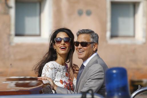 El actor George Clooney contrajo matrimonio con la abogada Amal Alamuddin en Venecia.
