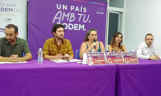 Alberto Jarabo, secretario general de Podemos Balears, también estuvo presente en la rueda de prensa de ayer.