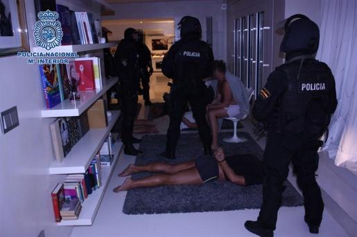 Imagen de la operación llevada a cabo por la Policía Nacional. Foto: POLICÍA NACIONAL