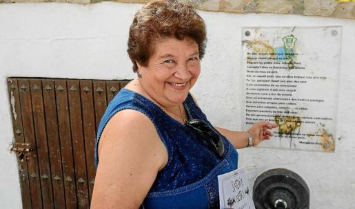 La popular cantautora y poeta ibicenca, Margalida Roig. Foto: TONI ESCOBAR