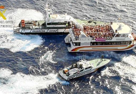 Una de las embarcaciones inspeccionada por la Guardia Civil durante la campaña.