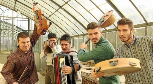 Imagen promocional de la banda italiana Domo Emigrantes.